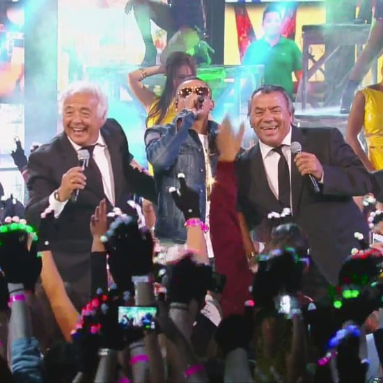 """La Macarena"" Performance at Premios Juventud 2016 