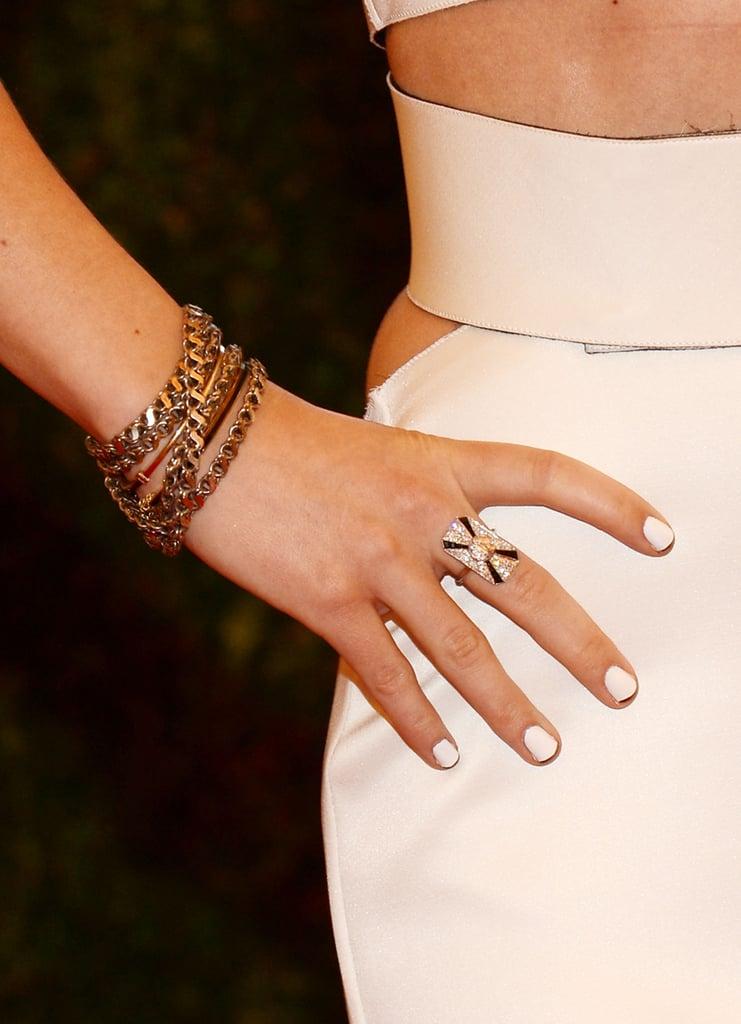 Olivia Wilde added subtle glitz with Fred Leighton jewels.
