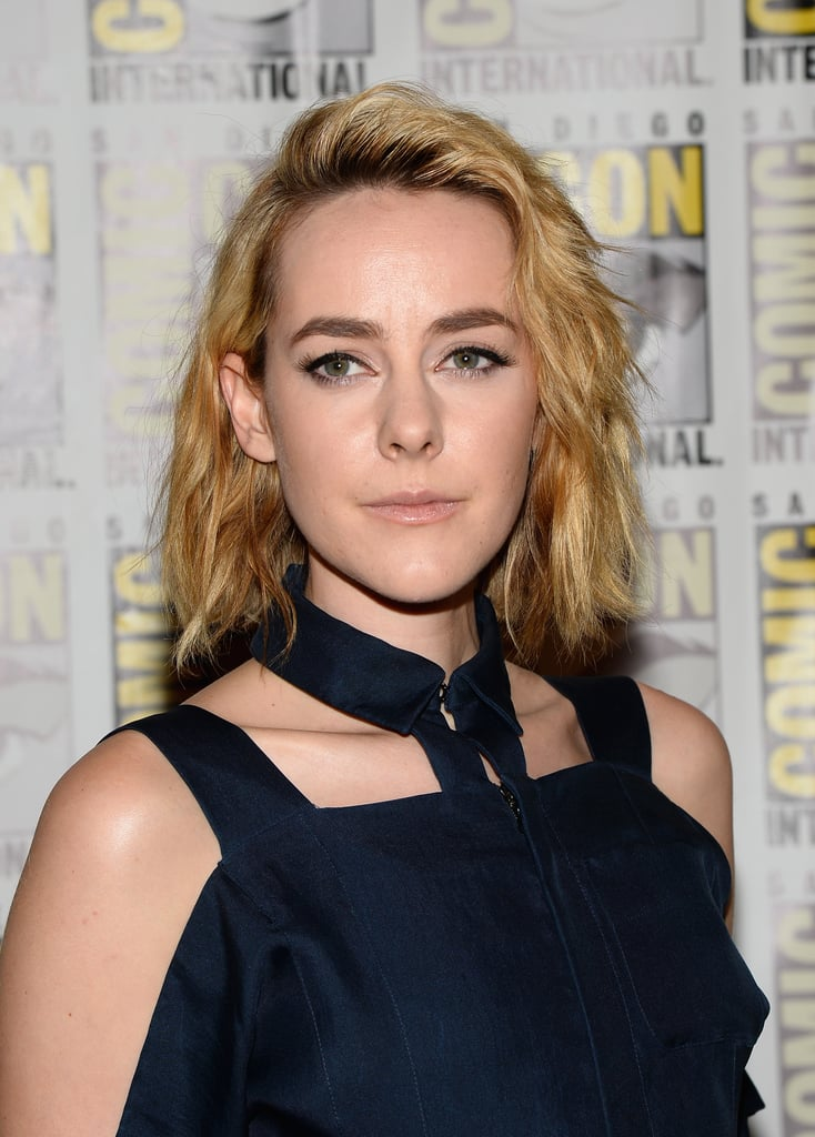 Bleached-blond beachy waves were Jena Malone's look du jour at the press line for The Hunger Games: Catching Fire and I, Frankenstein.