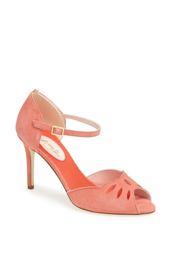 Ina in Coral