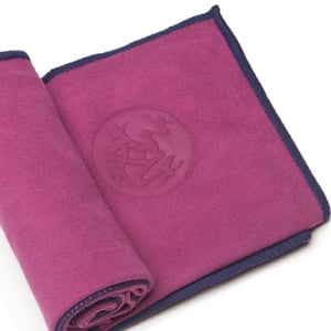 Manduka Yoga Towel — Absorbent and Perfect For Hot Yoga