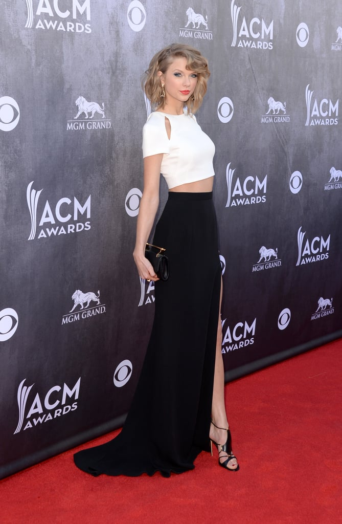 Taylor Swift Bares Midriff at the ACMs