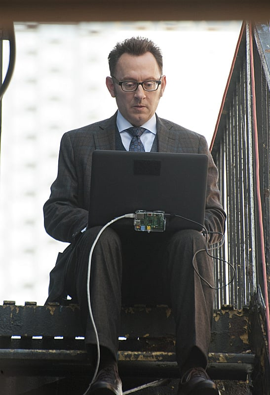 Person of Interest Michael Emerson in the season premiere ...