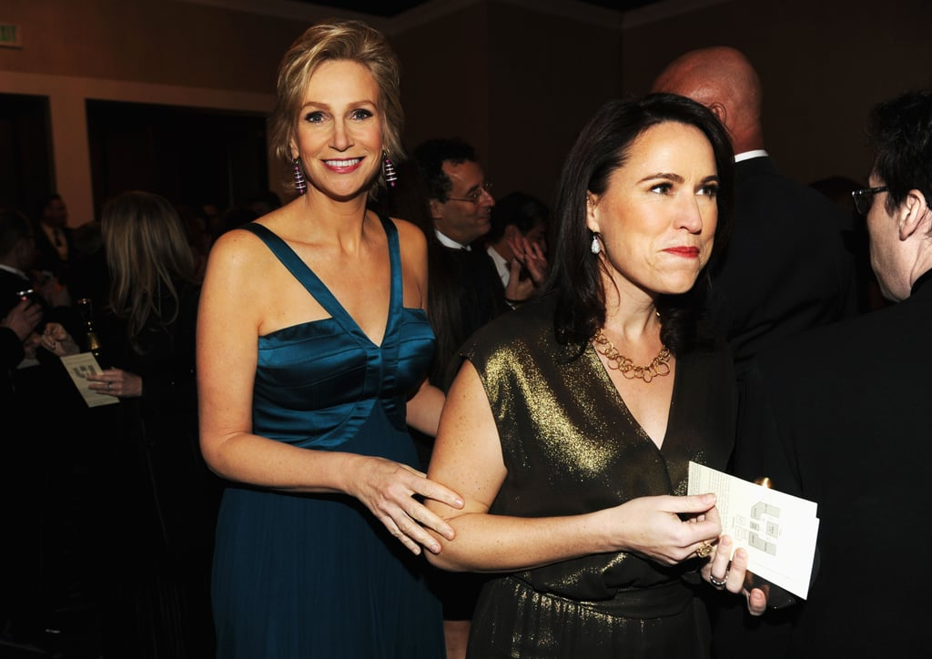 Jane Lynch and Lara Embry shared a candid moment at the Golden Globes.