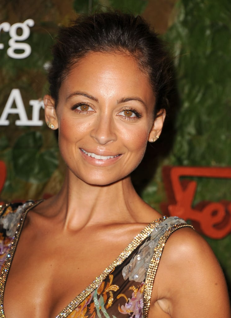 Nicole Richie stepped out at the Annenberg Gala and smiled for the cameras.