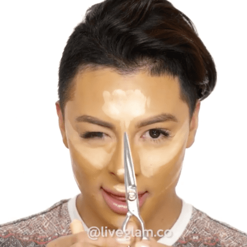 How to Contour With Scissors