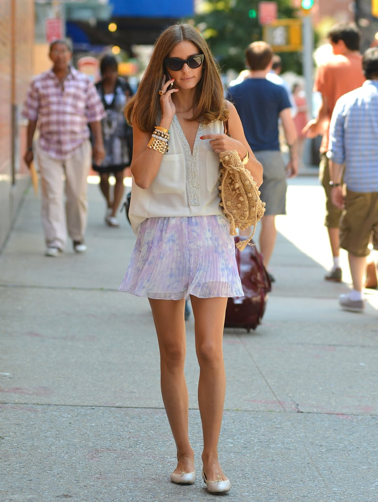 Oh, Olivia. You get us every time, but this time is extra special — she's wearing shorts by Aussie label StyleStalker! Styled with a cute beaded Fifteen-Twenty top, Gerard Darel Sac 24 Heures Woodstock bag, ballet flats and a pair of Givenchy sunglasses, this is summer-outfit perfection right here.