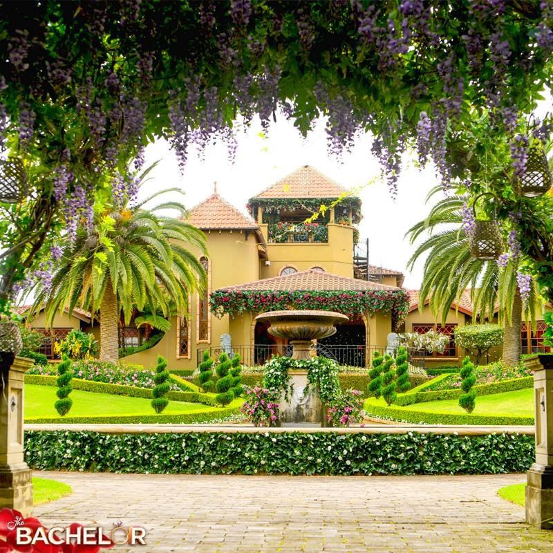 Inside the bachelor australia mansion 2016 popsugar home australia - Bachelor house ...