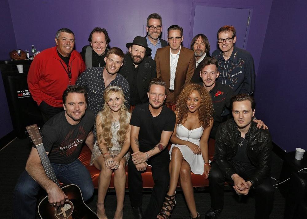Nashville Live Cast Photo