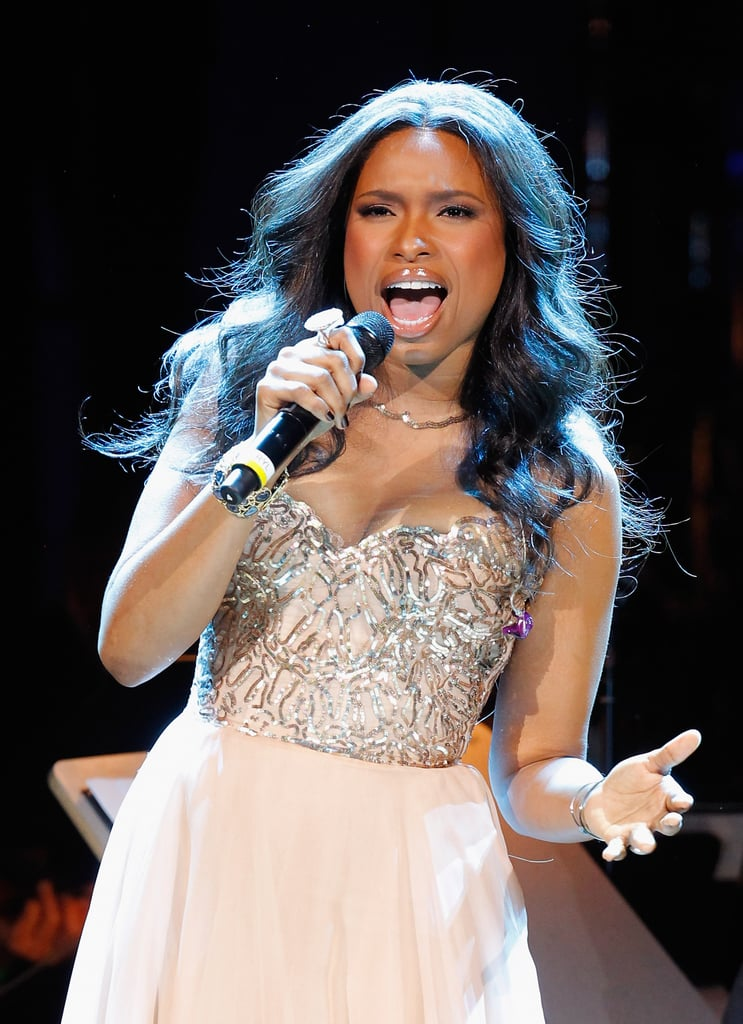 Jennifer Hudson belted one out at the Revlon Concert for the Rainforest Fund at Carnegie Hall in NYC.
