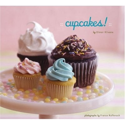 Summer Reading: Cupcakes!