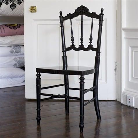Crave Worthy: Niki Jones Silhouette Chair