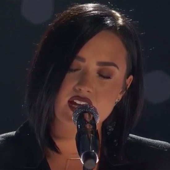 Demi Lovato Sings at the iHeartRadio Awards 2016 | Video