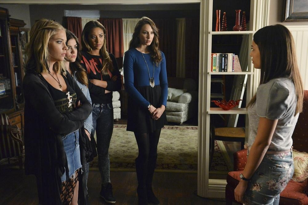 5 Reasons to Doubt the Evidence in the Pretty Little Liars Finale