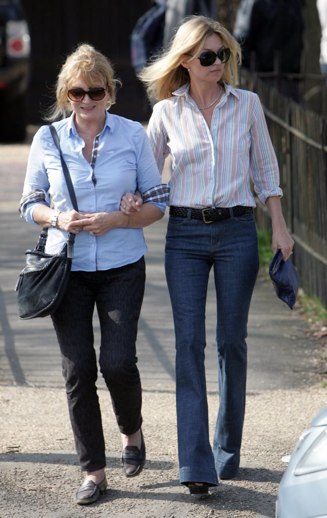 Kate Moss heads out to a pub in London with her mother Linda.