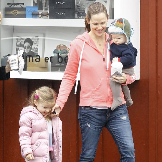 Jennifer Garner at Breakfast With Samuel and Sera   Pictures