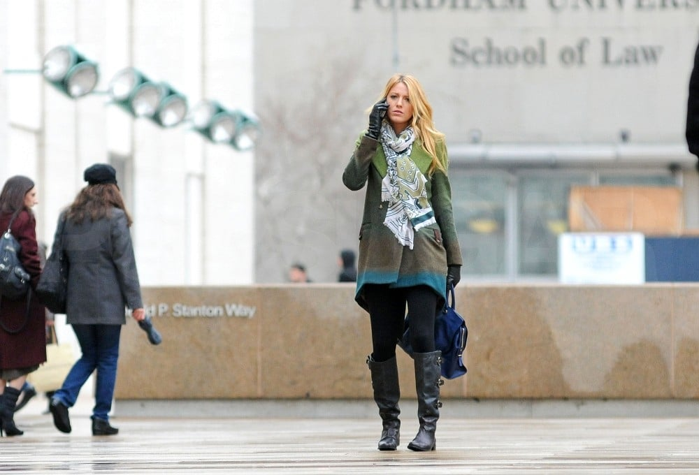 Blake Lively was in NYC shooting Gossip Girl.