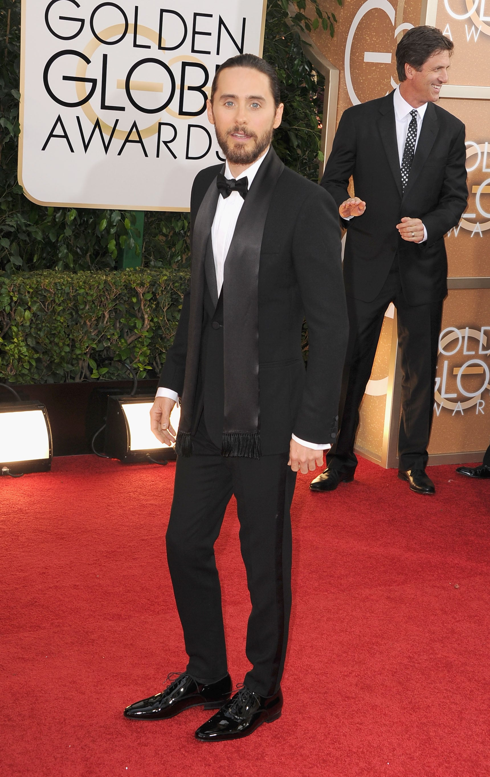 Jared Leto looked handsome on the red carpet.