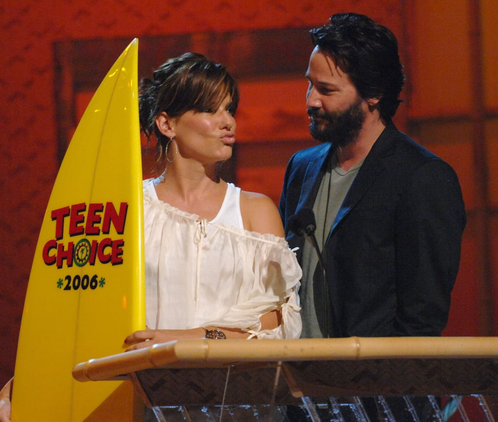 Sandra and Keanu Reeves shared the stage at the August 2006 Teen Choice Awards in LA.