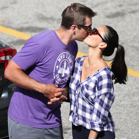 Olivia Munn and Aaron Rodgers Kissing Pictures