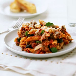 Fast & Easy Dinner: Penne With Meat Sauce