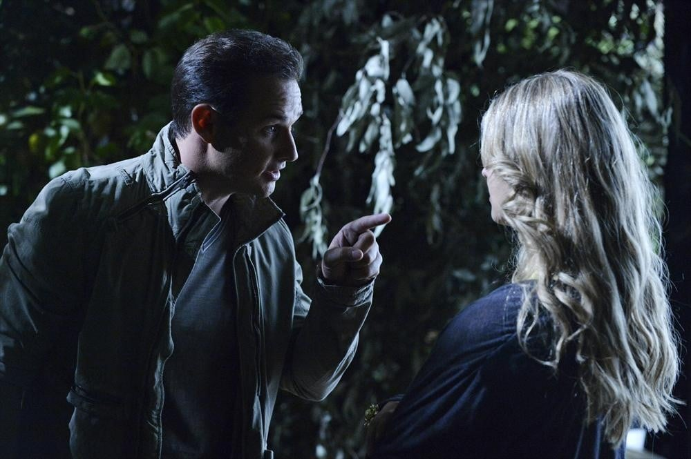 You know who's also back? Ian (Ryan Merriman), and it looks like we're flashing back to the night of Ali's disappearance. Source: ABC Family
