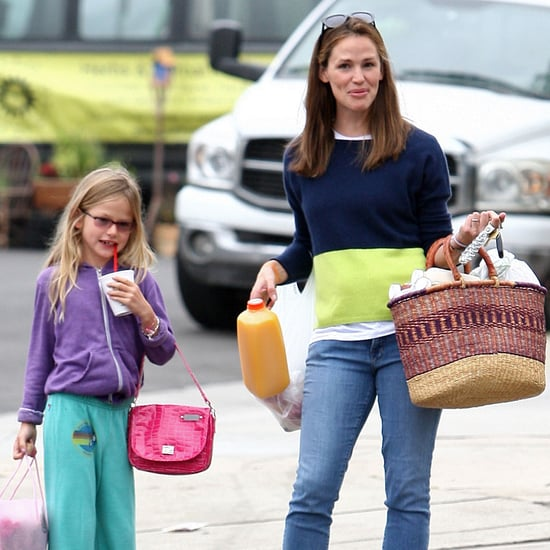Jennifer Garner and Violet Affleck at the Market | Photos