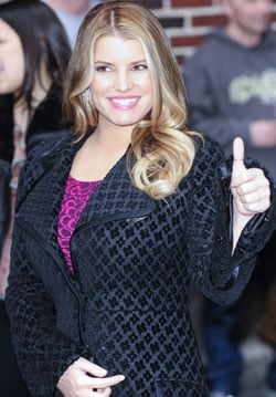 Would You Listen To Relationship Advice From Jessica Simpson? 2010-04-03 08:00:00