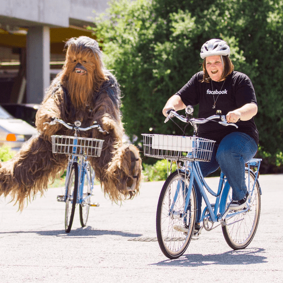 Chewbacca Mom Visits Facebook