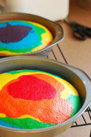 Lil Links: Blow Out the Candles on This Rainbow Birthday Cake