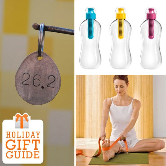 From the yogi to the runner to the gym rat in your life, FitSugar has 10 gifts under $10 for the fitness fanatic in your life.