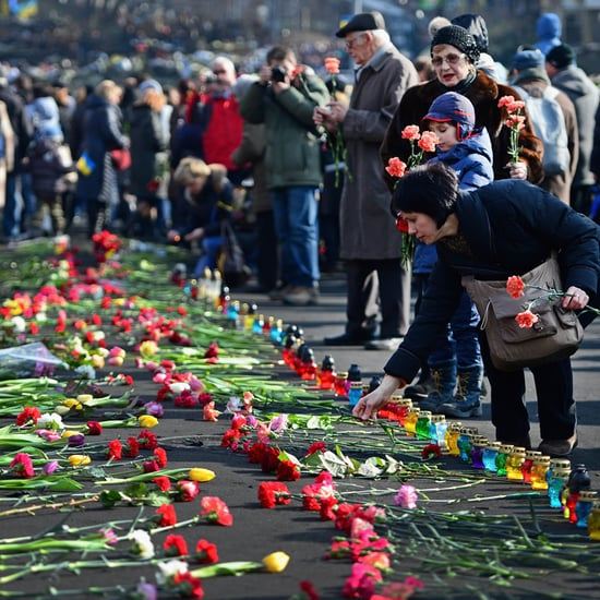 Kiev's Independence Square Becomes a Shrine | Pictures