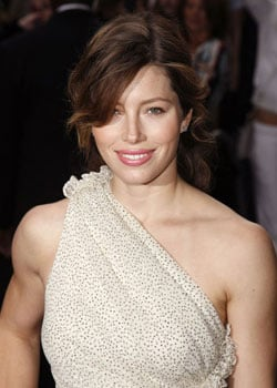 Roundup Of The Latest Entertainment News Stories — Jessica Biel to Star in A-Team Remake With Bradley Cooper