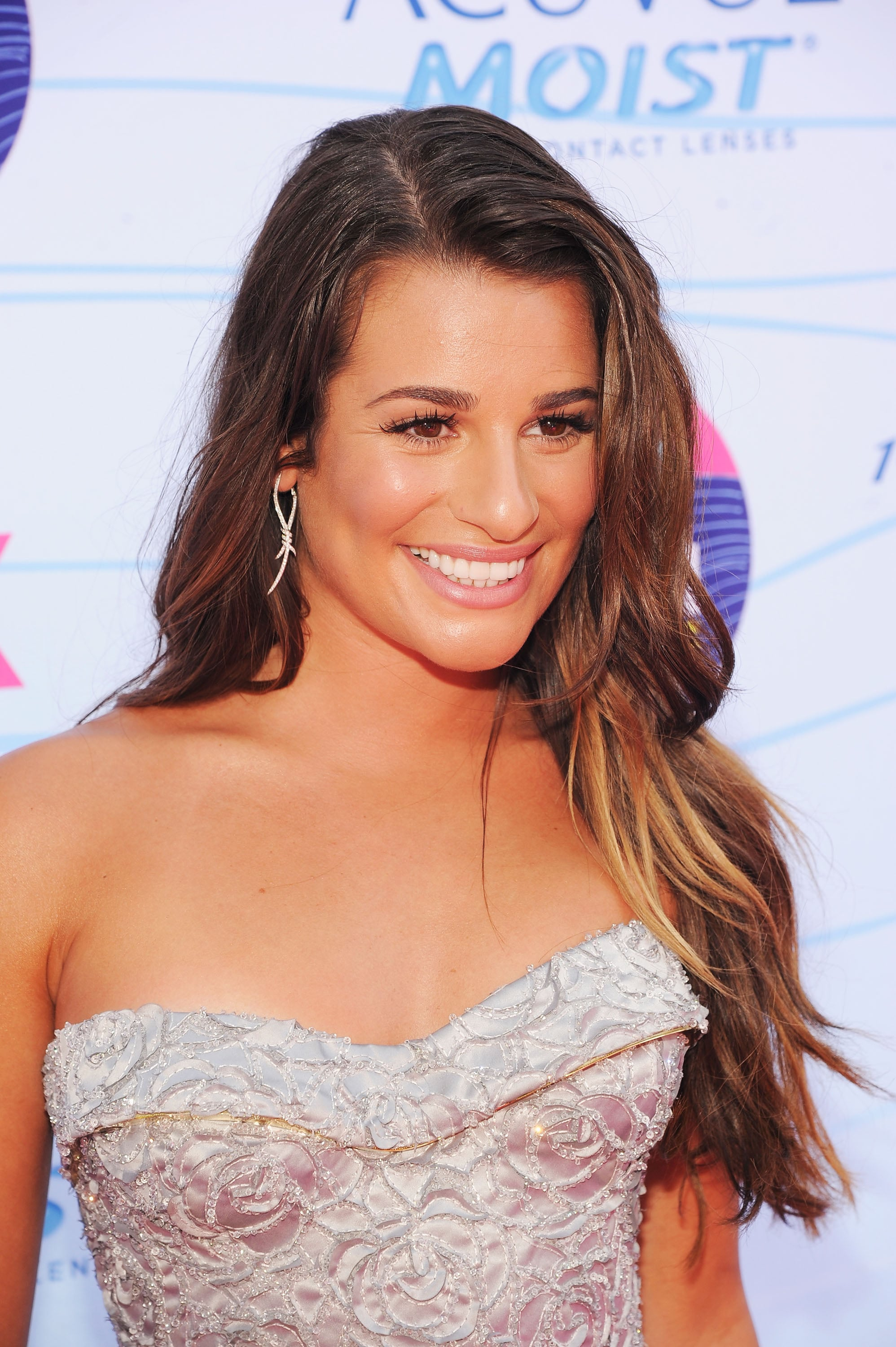 Lea Michele wore her hair down at the Teen Choice Awards.