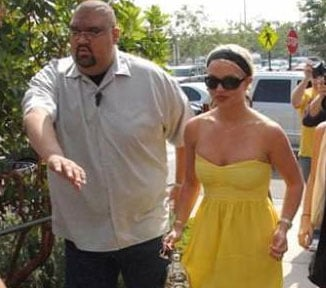 Is Britney's Bodyguard Really Helping Things?