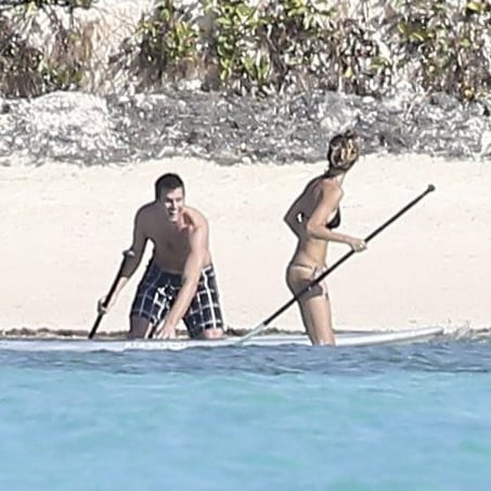 Gisele Bundchen and Tom Brady Go Paddle Boarding | Pictures