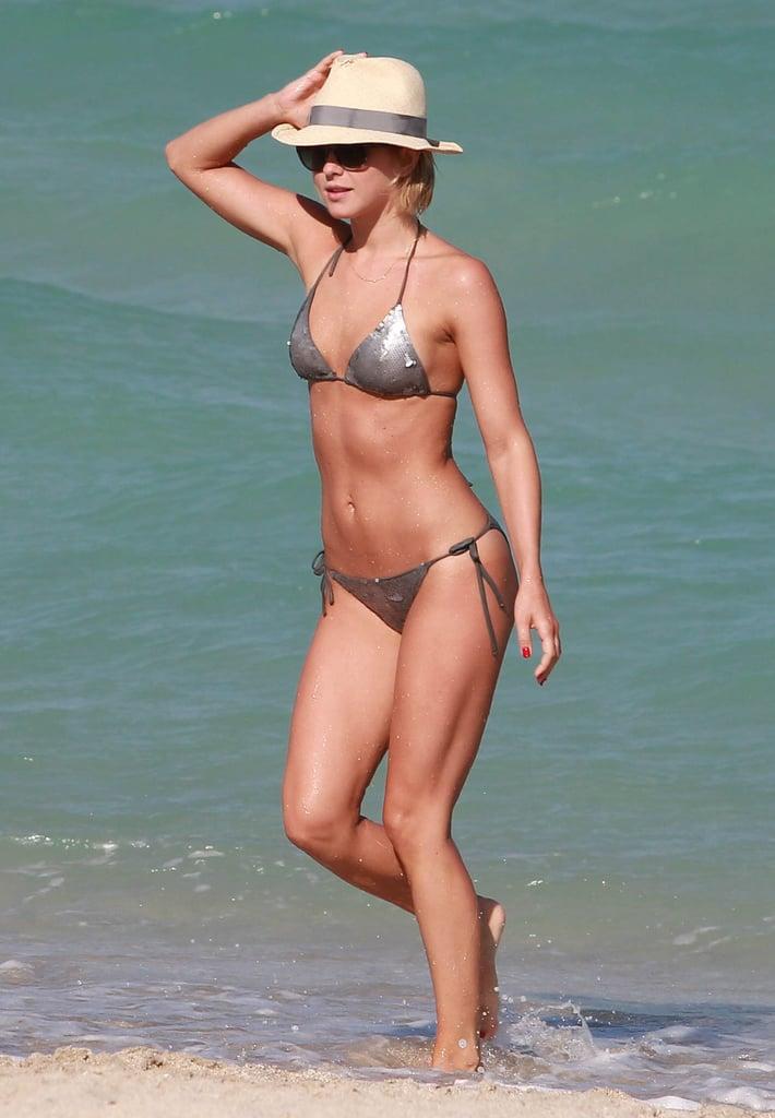 Julianne Hough showed off her bikini body during a getaway in Miami with pal Nina Dobrev.