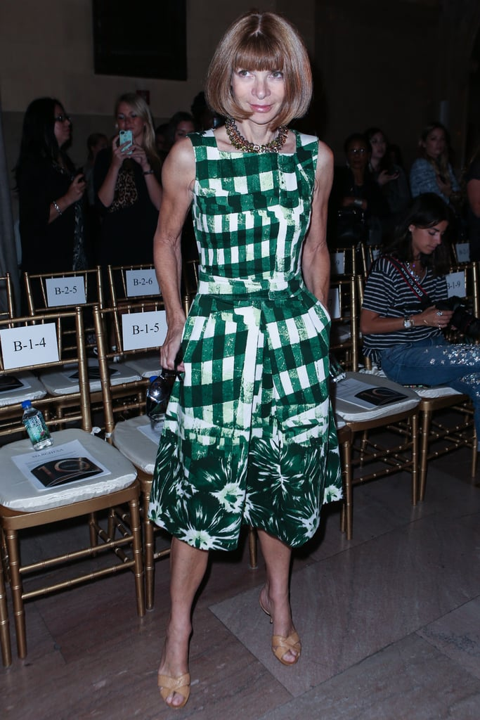 Anna Wintour donned a vibrant kelly green print at Marchesa.