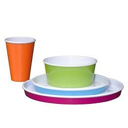 Off to Market: Outdoor Dinnerware