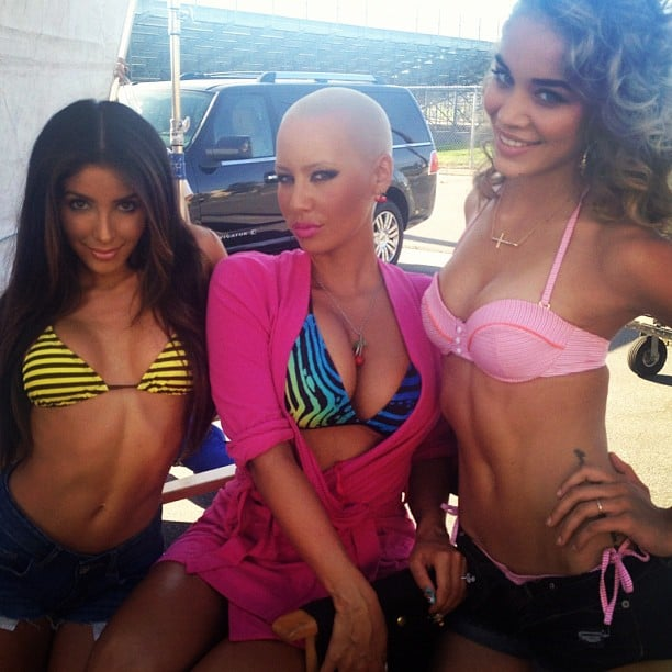 Amber Rose got a colourful snap with her cute pals.