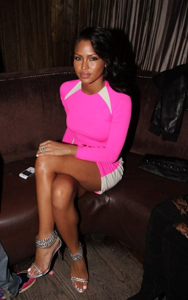 I have to give it up to a girl, like Cassie, who can rock hot pink with such confidence.