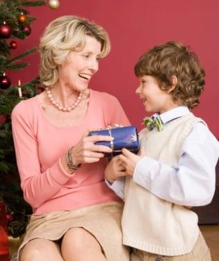 geeksugar's Gift Guide: Great Gadgets for Grandmas