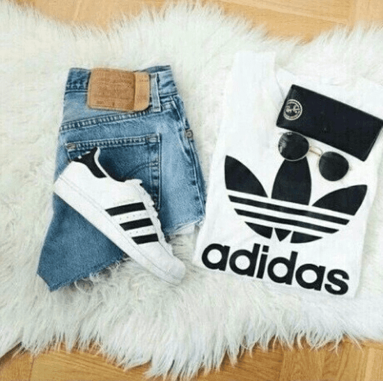 Popular Fashion Brands in the '90s and Early 2000s