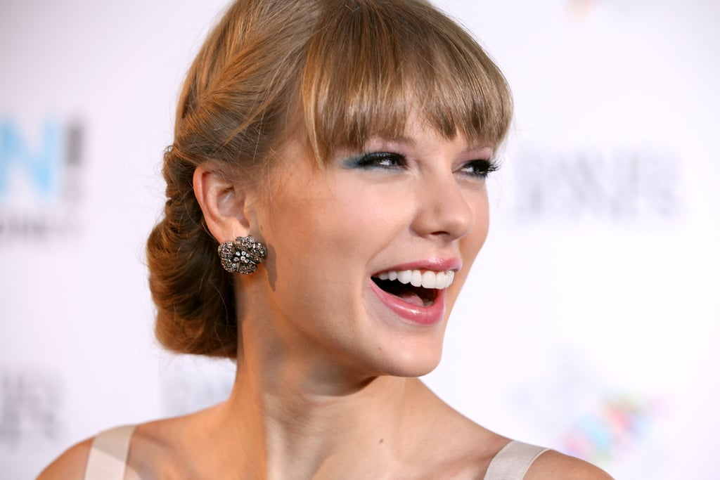 Taylor Swift gave a smile at the Aria Awards in Sydney.