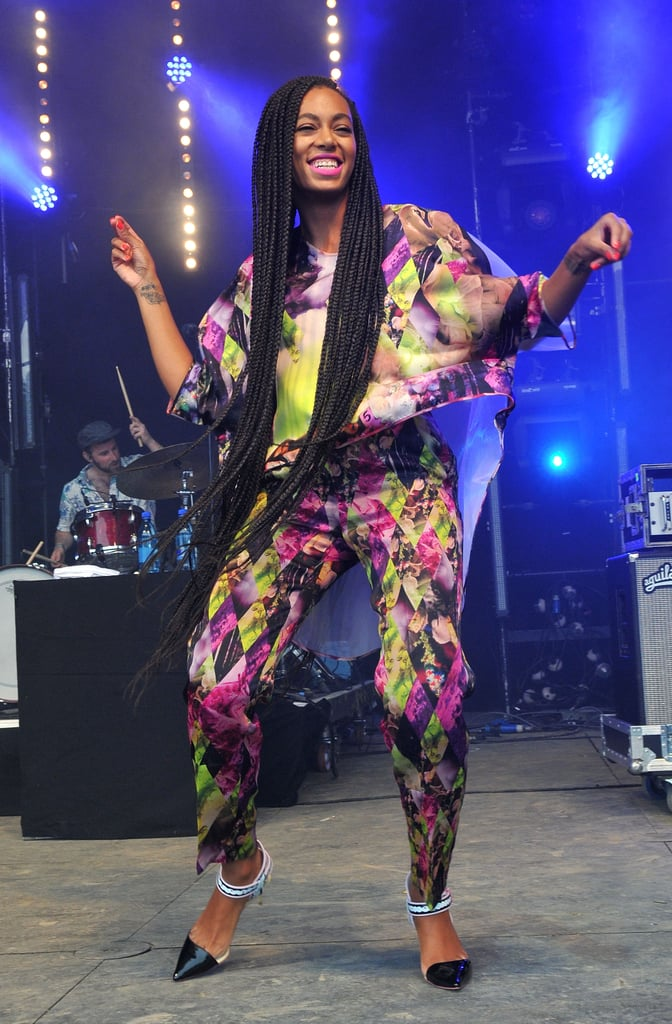 Solange Knowles danced on stage.