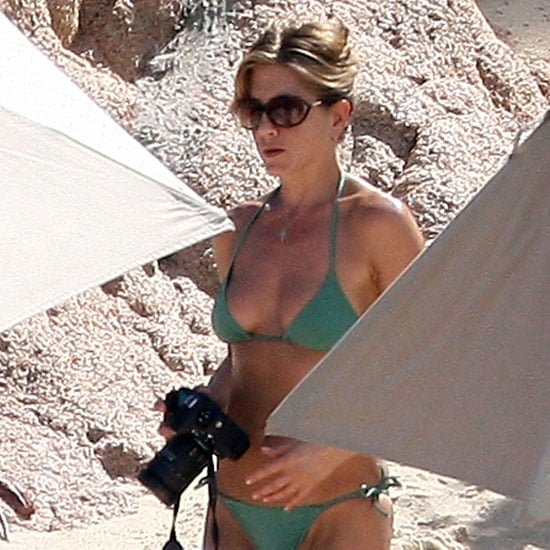Jennifer brought her camera along to take pictures on the beach during a Cabo trip in January 2008.