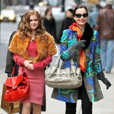 Isla Fisher and Kristin Scott Thomas on the Set of Confessions of a Shopaholic