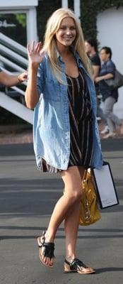 Celeb Style: Stephanie Pratt