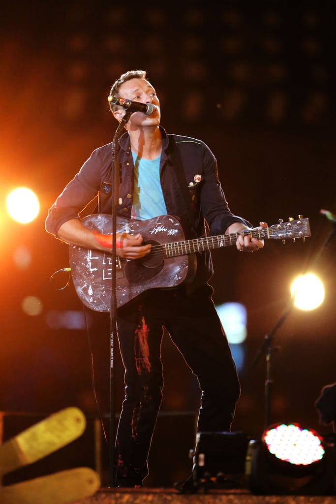 Chris Martin belted it out for the London Paralympics closing ceremony.