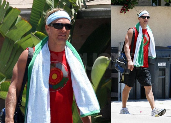 Stop The Presses: McConaughey Finds A Shirt